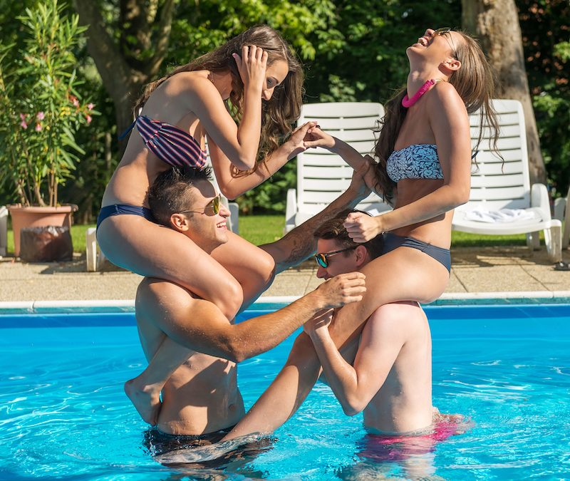 7 Games To Play In The Pool