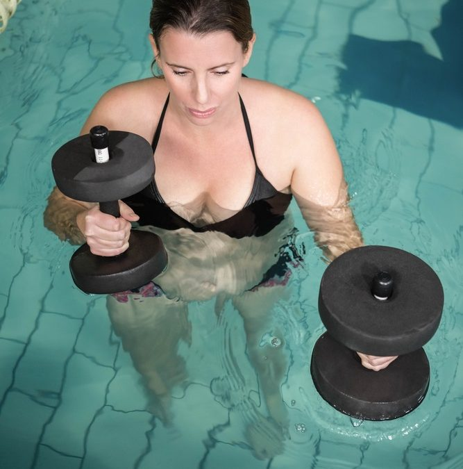 10 Fat Blasting Pool Exercises to Lose Weight Now