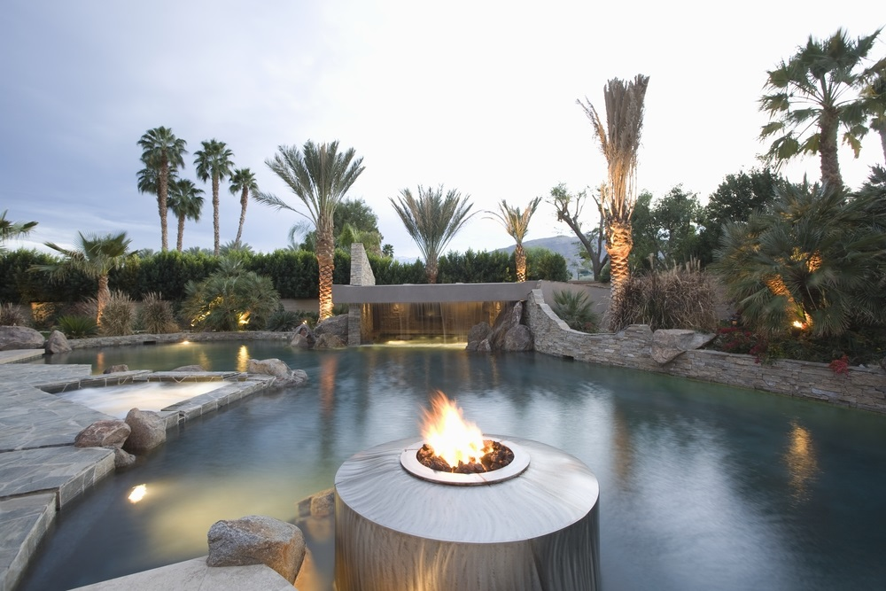 heat pool and outdoor space