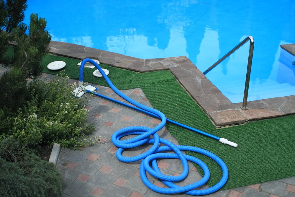Vacation Swimming Pool Maintenance Advice