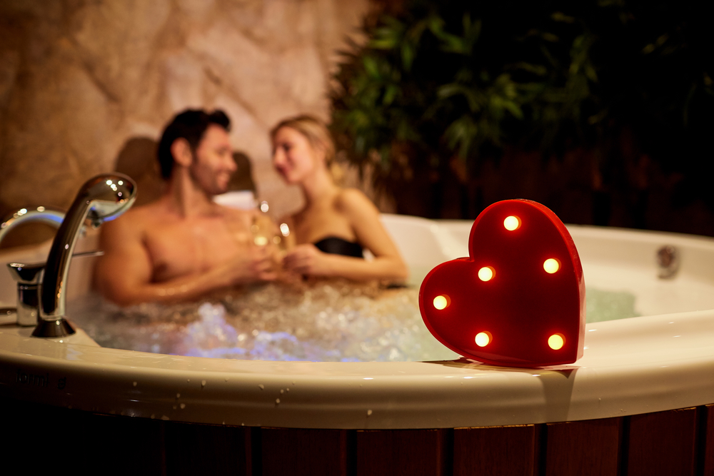 A Hot Tub Buyer's Guide