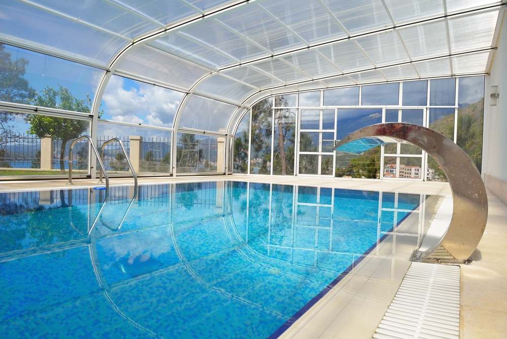 The Benefits Of A Swimming Pool Enclosure