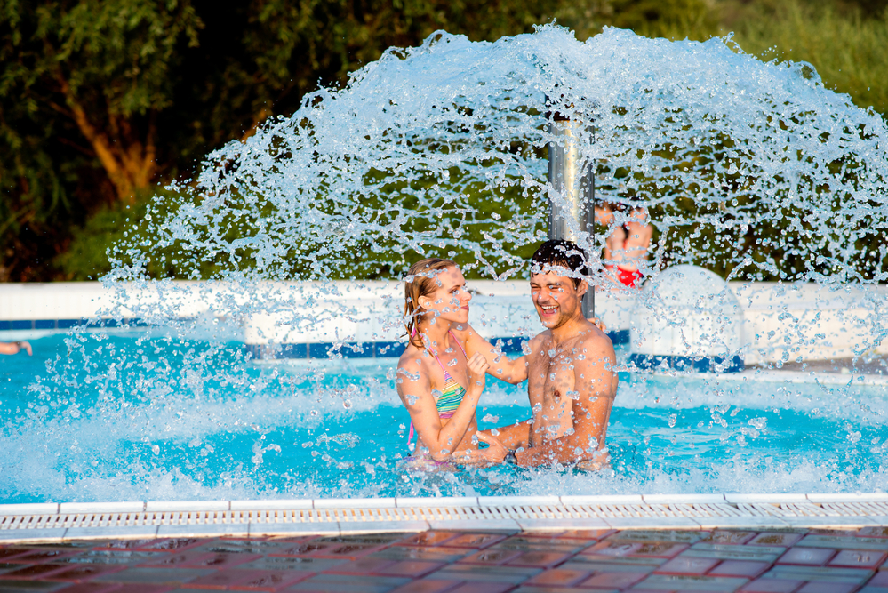 How To Keep Swimmers From Dirtying Up Your Swimming Pool Water